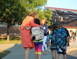Horizon Elementary School Principal Tressa Decker welcomes students back on the 1st Day of School