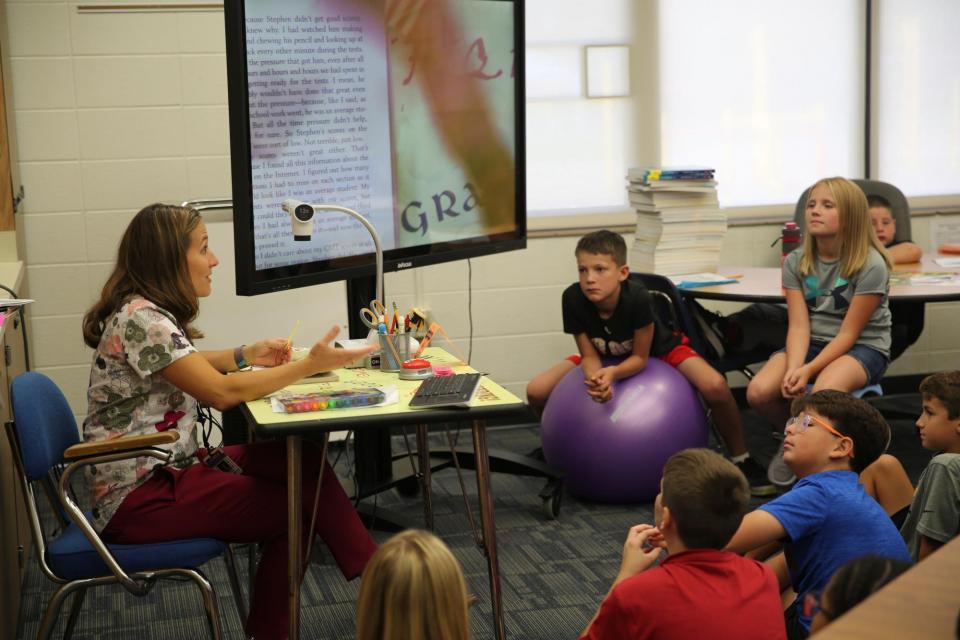 Mrs. Lenski teaching her 5th grade class